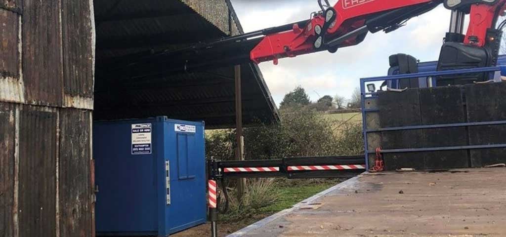 Philspace welfare unit being placed inside a barn at a farm in Alresford