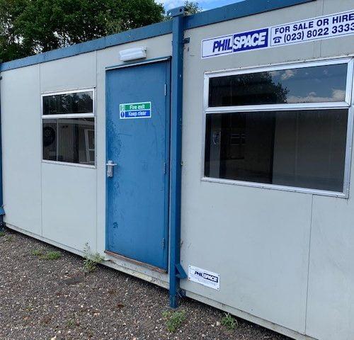 24ft x 9ft Jackleg Split Office – HF5092